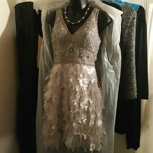 BNWT Sue Wong Platnium Cocktail/Prom Dress